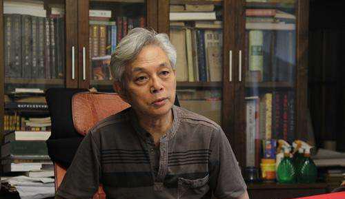 """刘国辉:能""""不似""""而不能""""似"""",或""""大师""""或""""骗子""""。"""